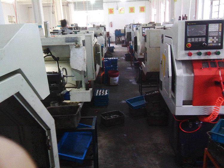 5 CNC-Drehmaschine